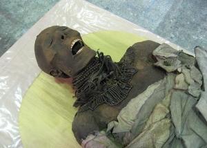 Holby City Mummy